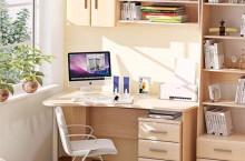 Где в Екатеринбурге выбирать функциональные письменные столы?